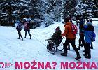 Pomogli koledze na wózku dojechać do Morskiego Oka. To uczniowie z Jeleniej Góry są bohaterami!