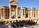 Rosyjska orkiestra symfoniczna zagrała koncert... w ruinach Palmiry