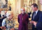 Kamery nagra�y, co David Cameron i kr�lowa El�bieta naprawd� my�l� o innych krajach. S� reakcje