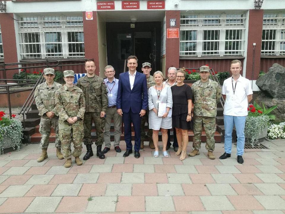 НАТО готовится развернуть войска неподалеку от Калининградской области