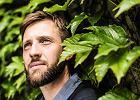 Jakub Kornhauser pisze �wietne wiersze. Przed wylewaniem pomyj wystarczy�o poczyta�