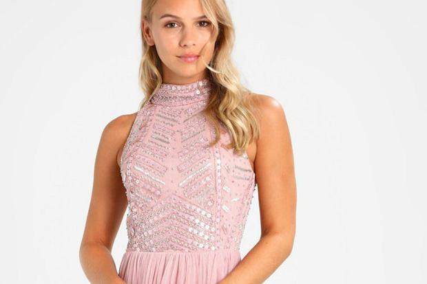 2fa032e519 Jak się ubrać na wesele - stylizacje na różne sylwetki
