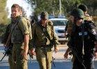 Policja udaremni�a atak terrorystyczny w Jerozolimie. Napastnik wjecha� kopark� w autobus