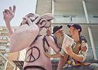 Komiks o Pinkim, ostatnim hipisie i pierwszym hipsterze