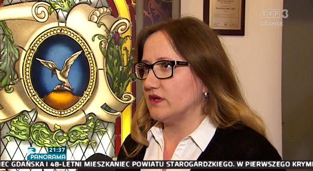 """Materiał w TVP budzi oburzenie. Wykorzystali zająknięcie się urzędniczki. """"Łajdactwo"""""""