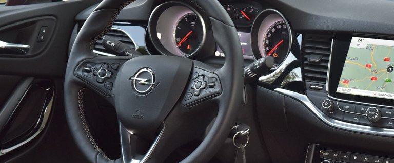 Opel Insignia - samoch�d dla prawdziwych m�czyzn