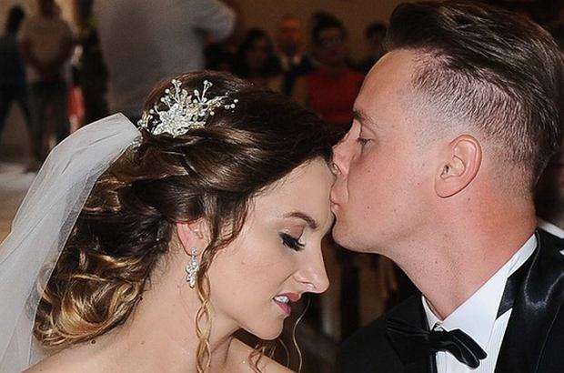 Dorota Gwiazdowska w kwietniu chwaliła się zdjęciami ze swojego szalonego wieczoru panieńskiego z tortem w kształcie penisa. W ostatni weekend wzięła ślub.