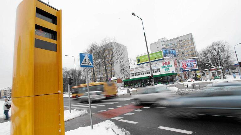 Fotoradar w Warszawie przy Al. Niepodległości i ul. Batorego