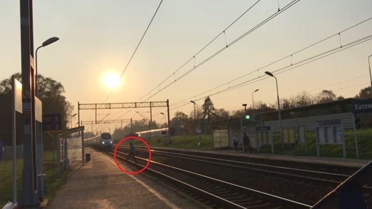 Zrzut ekranu z mkfilmykolejowe YouTube