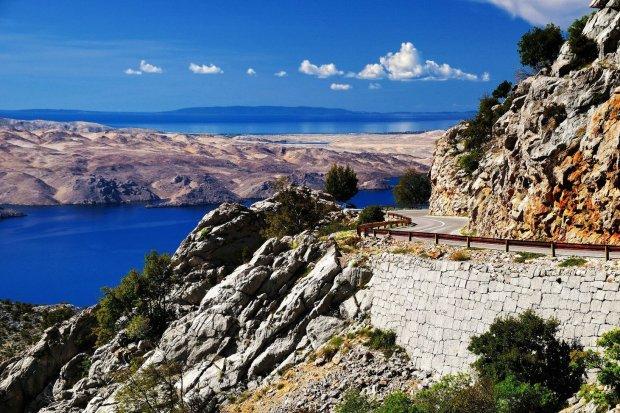 Kto powiedzia�, �e do Chorwacji jedzie si� tylko nad morze? Najpi�kniejsze chorwackie trasy motocyklowe