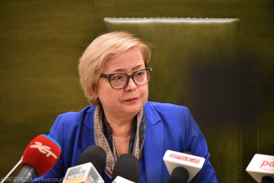 Pierwsza Prezes Sądu Najwyższego prof. Małgorzata Gersdorf podczas konferencji prasowej dotyczącej zmiany w ustawach o sądach, 15 listopada 2017.
