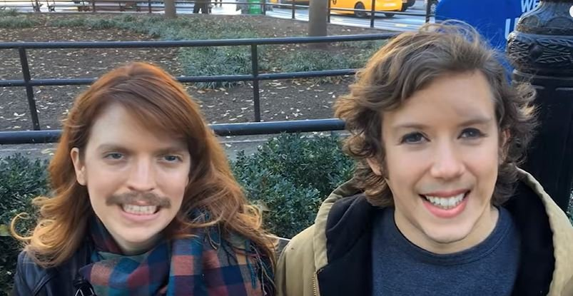 Co się stało z ich twarzami?