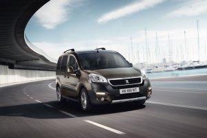 Peugeot Partner FL | Ceny w Polsce | W środku stawki