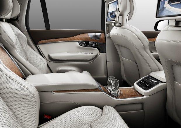 Volvo XC90 Excellence | Ceny w Polsce | Wysoka cena luksusu