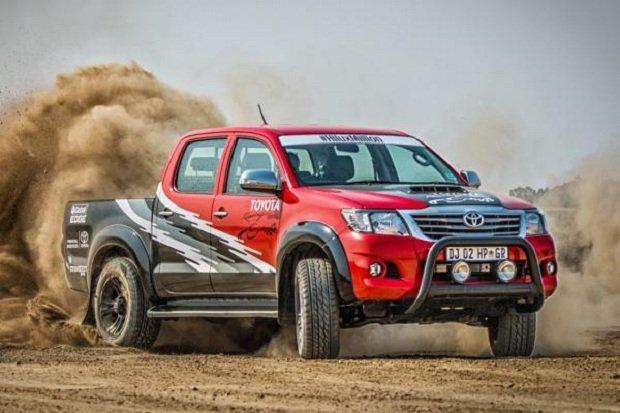 Toyota Hilux | Offroad i 455 KM na pokładzie