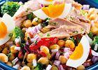 Sałatka z tuńczykiem - prosta metoda na dietetyczny, pożywny posiłek