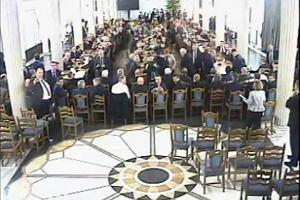 Kancelaria Sejmu opublikowała materiał z trzeciej kamery z Sali Kolumnowej