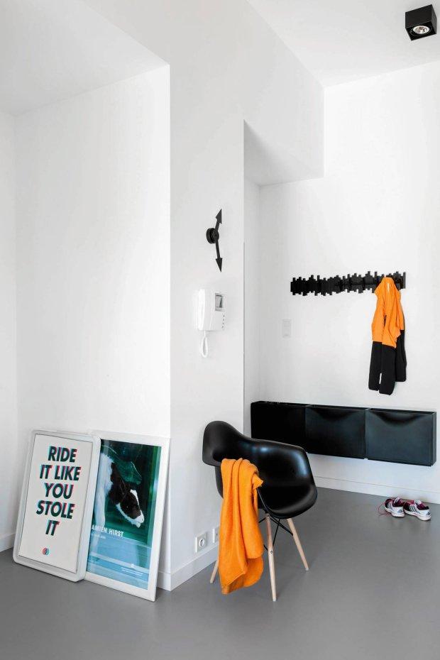 przedpokój, czarno-białe mieszkanie, wystrój wnętrz, aranżacje wnętrz
