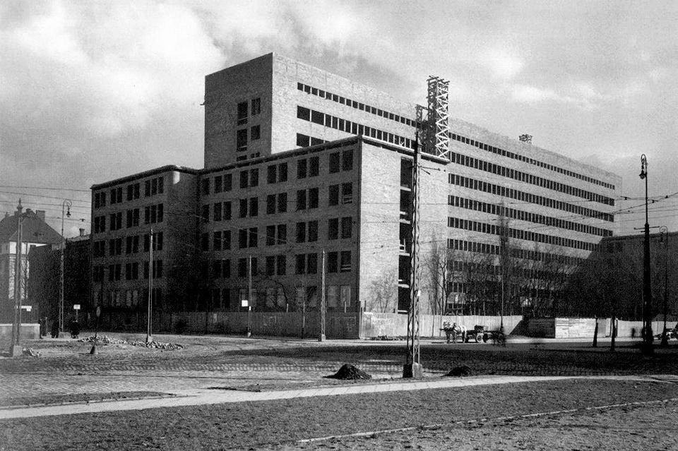 Zdjęcie numer 14 w galerii - Zobacz bezcenne zdjęcia nowoczesnej Warszawy z lat 30.