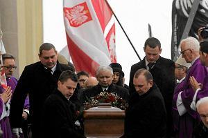 Pogrzeb Jadwigi Kaczyńskiej. Bp Dydycz: Dziękuję za prezydenta męczennika