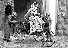 Historia ko�em si� toczy: Pierwsza podr� automobilem - Bertha Benz