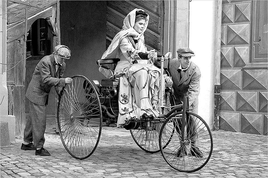 Historia kołem się toczy: Pierwsza podróż automobilem - Bertha Benz