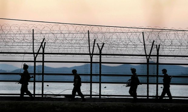 Korea P�nocna zamyka granice dla turyst�w. Ze strachu przed ebol�