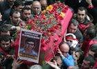 T�umy po�egna�y w Stambule 15-letniego Berkina, kolejn� ofiar� ubieg�orocznych zaj�� w parku Gezi