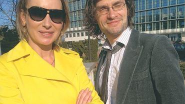 Jego związki z TVN potwierdzają kontakty ze stylistką tej stacji Dorotą Williams. Swoją nonszalancką urodą Przemek jak zwykle robi wrażenie na pięknych kobietach
