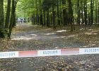 Dwoje policjantów z Pobiedzisk wywiozło do lasu 36-latka i tam go porzuciło. Mężczyzna zmarł