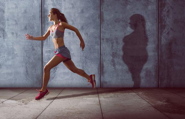 Trening biegowy na schudnięcie jest bardzo efektywny - w ciągu godziny można spalić od 600 do 900 kcal