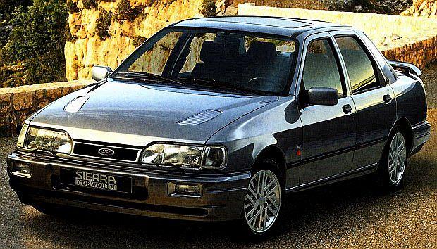 Cosworth w wersji sedan pojawił się 1988 roku