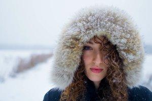 Jak poradzić sobie z zimą? Radzimy, co zrobić, by jak najlepiej ochronić skórę przed mrozem