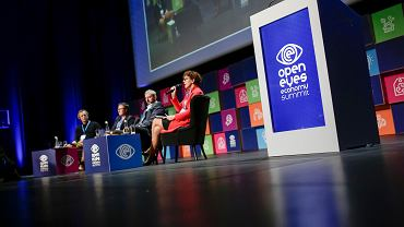 Open Eyes Economy Summit w centrum konferencyjnym ICE
