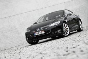 Tesla Model S P85+ | Pierwsza jazda | Tesla byłby dumny?