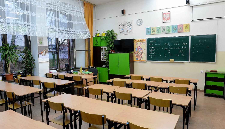 Strajk Nauczycieli. ZUS Przypomina Rodzicom O Dodatkowym