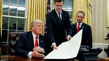 Rob Porter w towarzystwie Donalda Trumpa