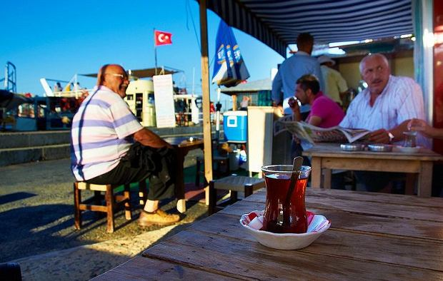 Czaj, kebap i doskonałe lody. Praktyczny przewodnik po kuchni tureckiej