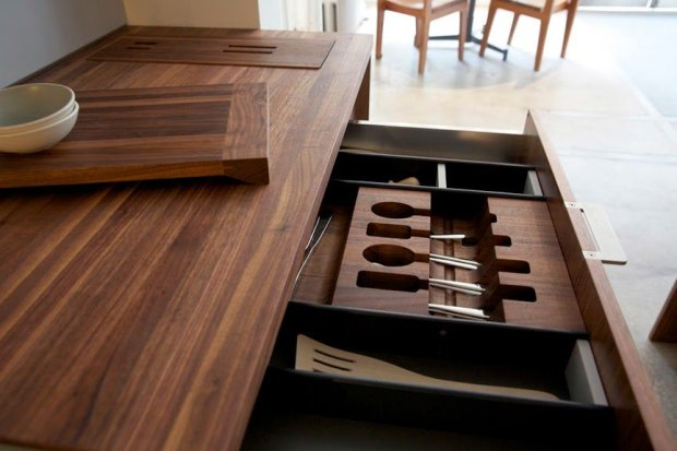 Nowa linia akcesori�w kuchennych do przechowywania i segregowania. Producent: Henrybuilt