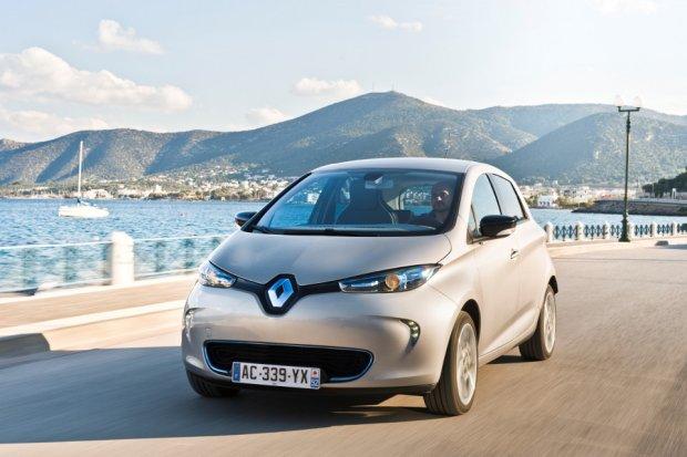 Salon Paryż 2016 | Renault Zoe | Ponad 300 km na jednym ładowaniu