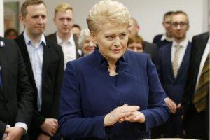 Dalia Grybauskaite zwyci�y�a w pierwszej turze wybor�w na Litwie. Druga tura za dwa tygodnie