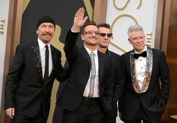 """U2 opublikowało krótkometrażowy film do piosenki """"Every Breaking Wave""""."""