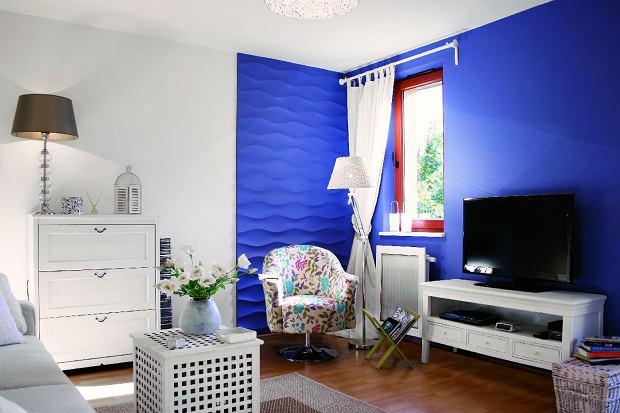 Panele i farba w tym samym kolorze pomogą optycznie wydzielić we wnętrzu osobny kącik. SHALLOW, panele gipsowe, 100 x 80 cm, gr. 1,5-3 cm 150 zł/szt. Dunes