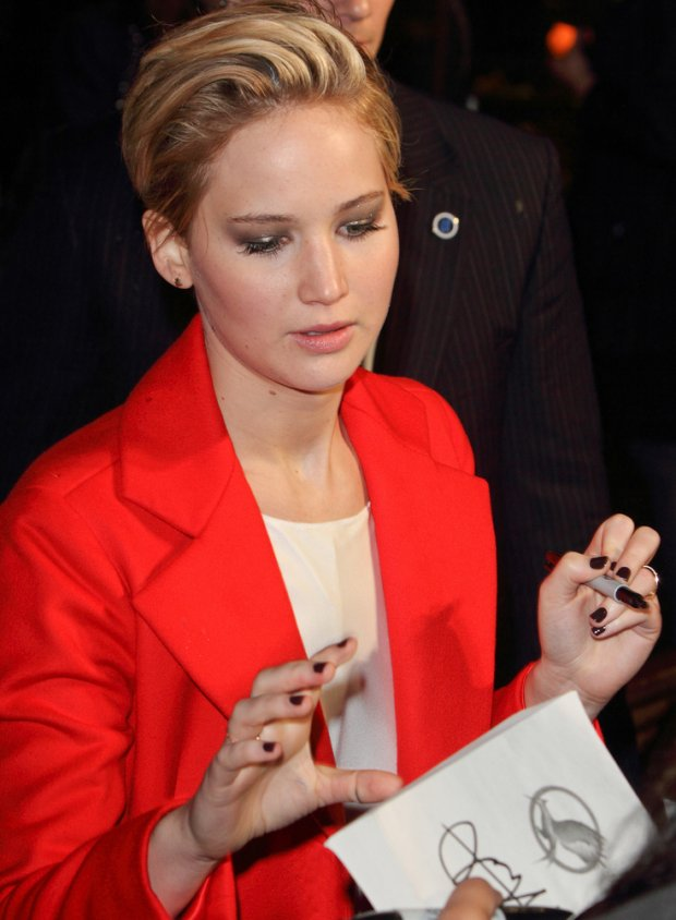 *11/11/2013 - Jennifer Lawrence - The Hunger Games: Catching Fire