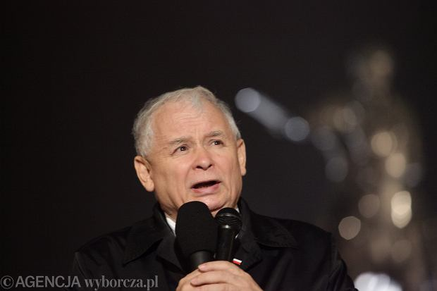 """Kaczyński: """"Czarny protest"""" był atakiem na Kościół. Dziecko z gwałtu powinno się urodzić"""