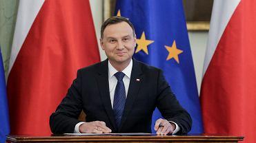 Andrzej Duda zawetował ustawę o regionalnych izbach obrachunkowych. To jego pierwsze weto w kadencji