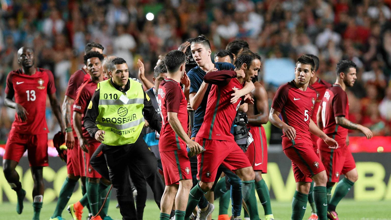 euro 2016 na ywo w tv mecz portugalia islandia gdzie. Black Bedroom Furniture Sets. Home Design Ideas