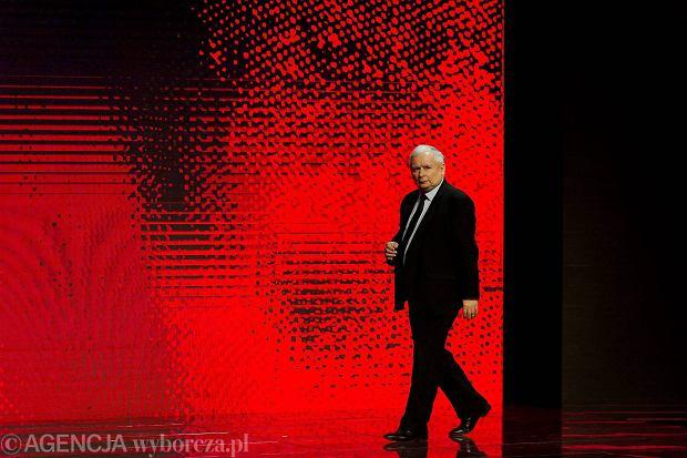 Prezes PiS Jarosław Kaczyński podczas kongresu 'Impact'16: 4.0 Economy' w krakowskim Centrum Kongresowym ICE, 15.06.2016 r.