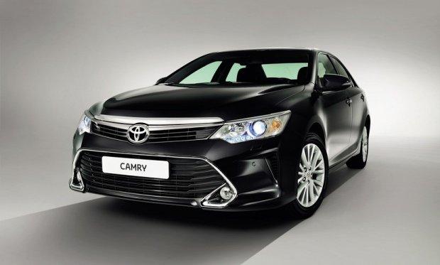 Salon Moskwa 2014 | Toyota Camry po liftingu