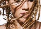 Przetłuszczające się włosy: jakie są przyczyny i jak z tym walczyć